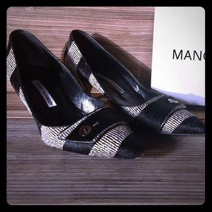 Manolo Blahnik Kitten Heels Pumps Shoes, 39.5 - 9
